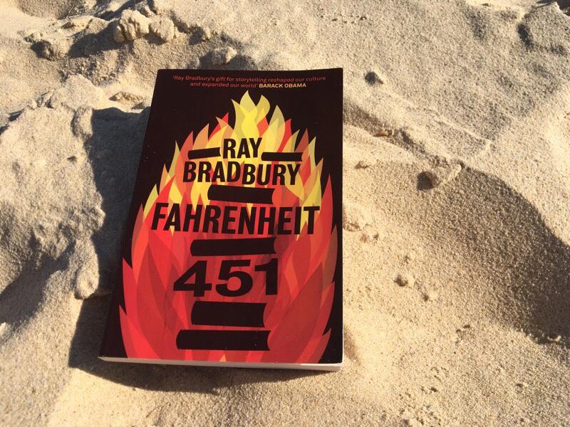 Gelesen: Fahrenheit 451 von Ray Bradbury