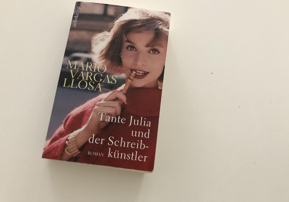 Cover: Tante Julia und der Schreibkünstler